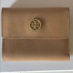 Handbags - Tory Burch wallet - good condition